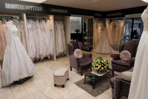 photo inside of olivelli northcliff boutique