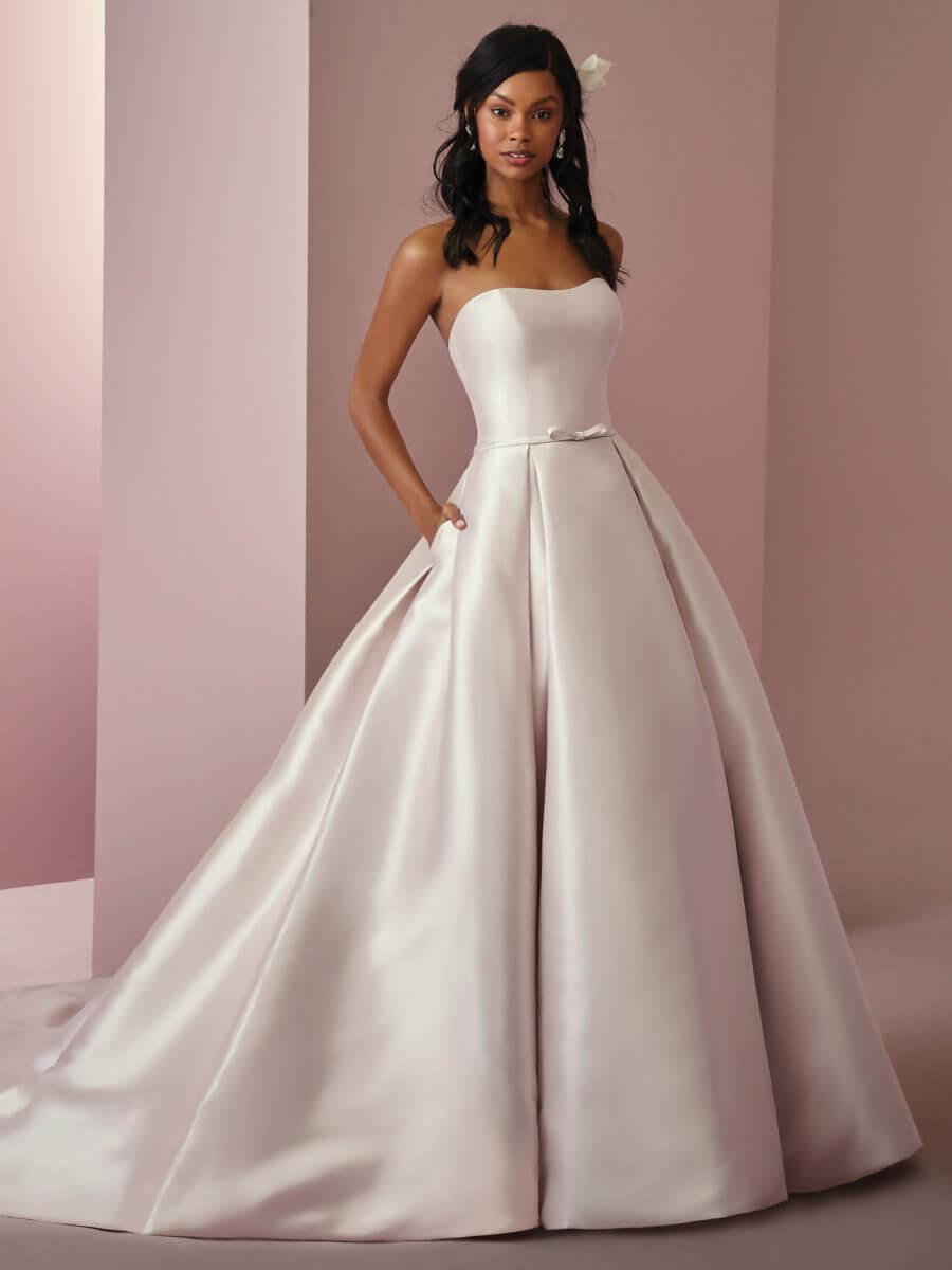 04144a5b2de1 Home/Bridal Dresses/Rebecca Ingram – Erica Anne. ; 